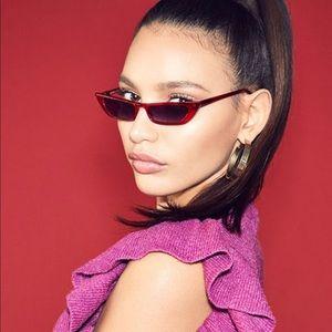 bae1d11e486 Kendall   Kylie Accessories - NEW Kendall   Kylie Vivian Sunglasses